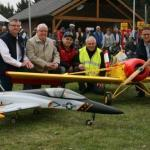 NRW II: Modellflieger bedanken sich bei MdB Dr. Carsten Linnemann